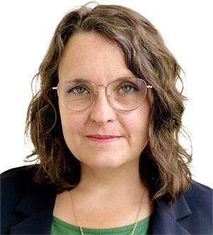 Anne Klein-Hitpass