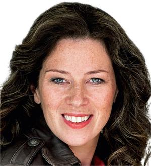 Dr Irene Feige