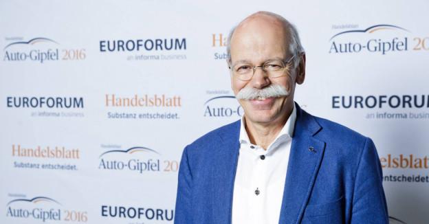 Dr. Dieter Zetsche lädt zum Auto-Gipfel 2017 nach Stuttgart.