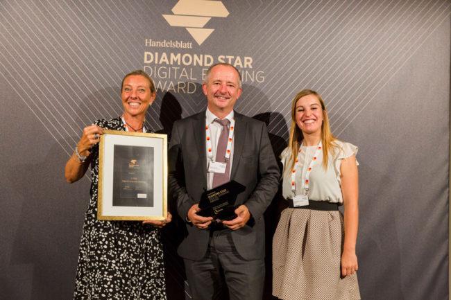 Diamond-Star-Gewinner in der Kategorie Digital Corporate Banking Marnie Giuranna Zaccaria, Julia Müller-Hermann und Dieter Tschach von Finastra.