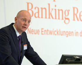 Dr. Cornelius Riese, Mitglied des Vorstandes, DZ BANK AG