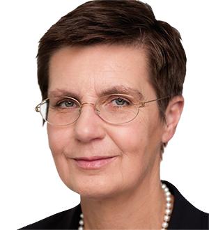 Dr. Elke König