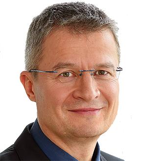 Dr. Ralf Hannemann