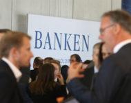 Banken_Uta1077