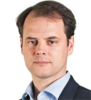 Dr Tim Sievers