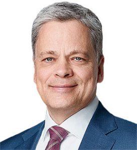 Dr Manfred Knof