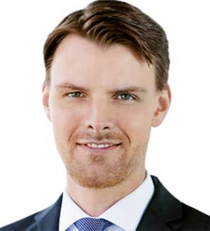 Dr Tobias Brosze
