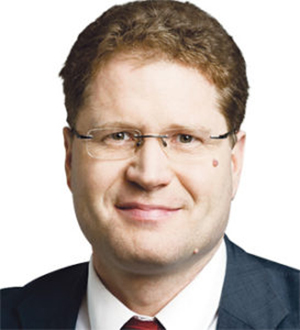 Dr Patrick Graichen