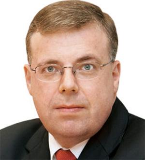 Dr Roland Mohr