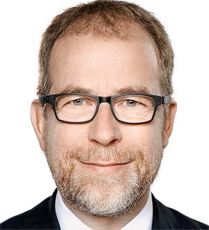 Dr. Christof Veit