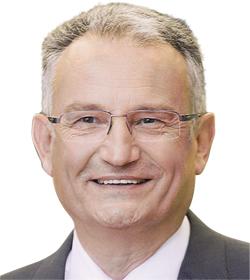 Dr. Werner Struth