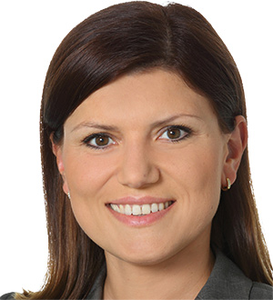 Dr. Cristina Weidner