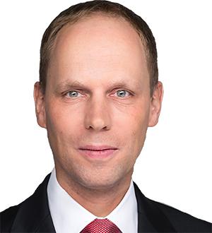 Dr. Stefan Saager